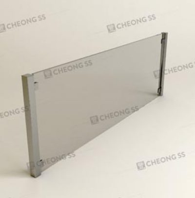 CLIP-ON SQUARE TUBE GLASS SNEEZE GUARD
